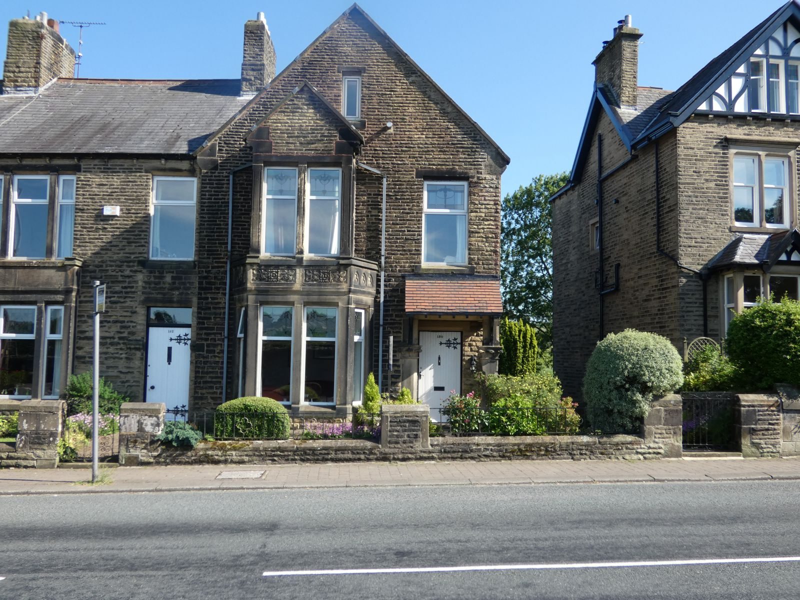 Keighley Road, COLNE